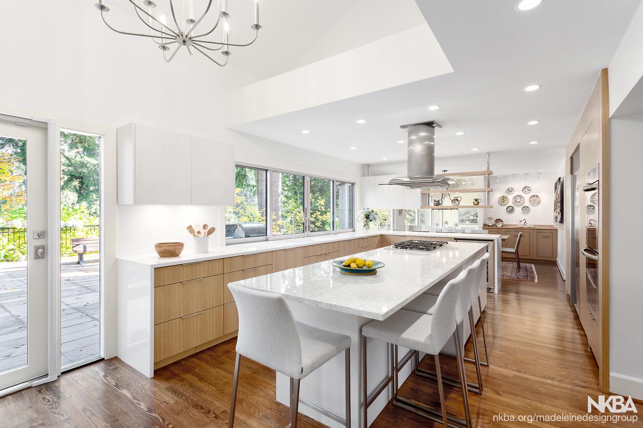 Contemporary West Coast Kitchen - NKBA