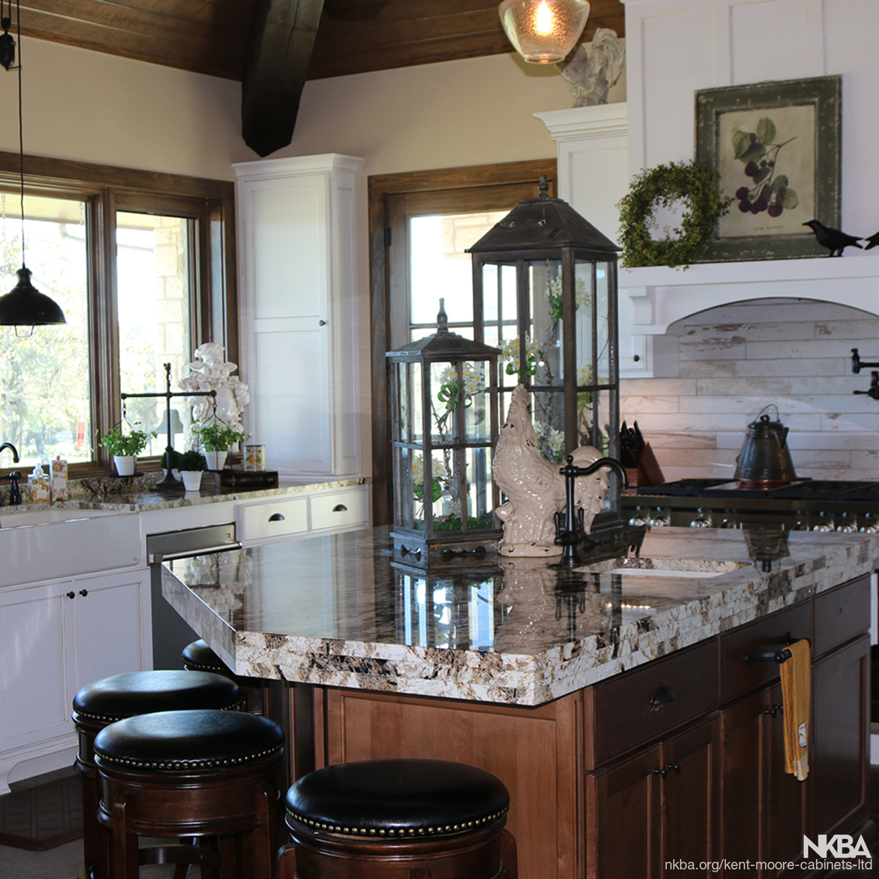 Texas Hill Country Retreat Kitchen