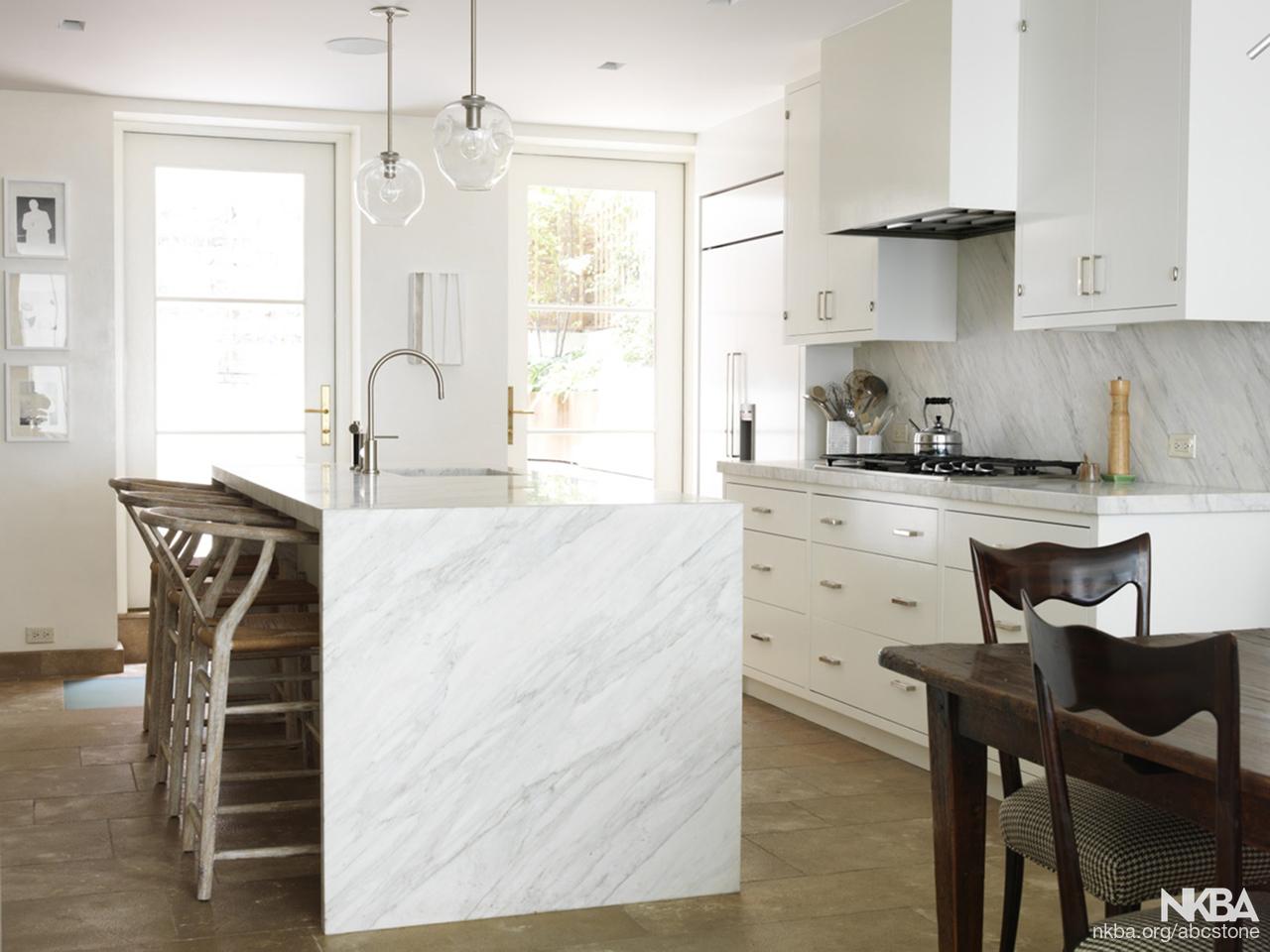 Calacatta Gold Marble Contemporary Kitchen