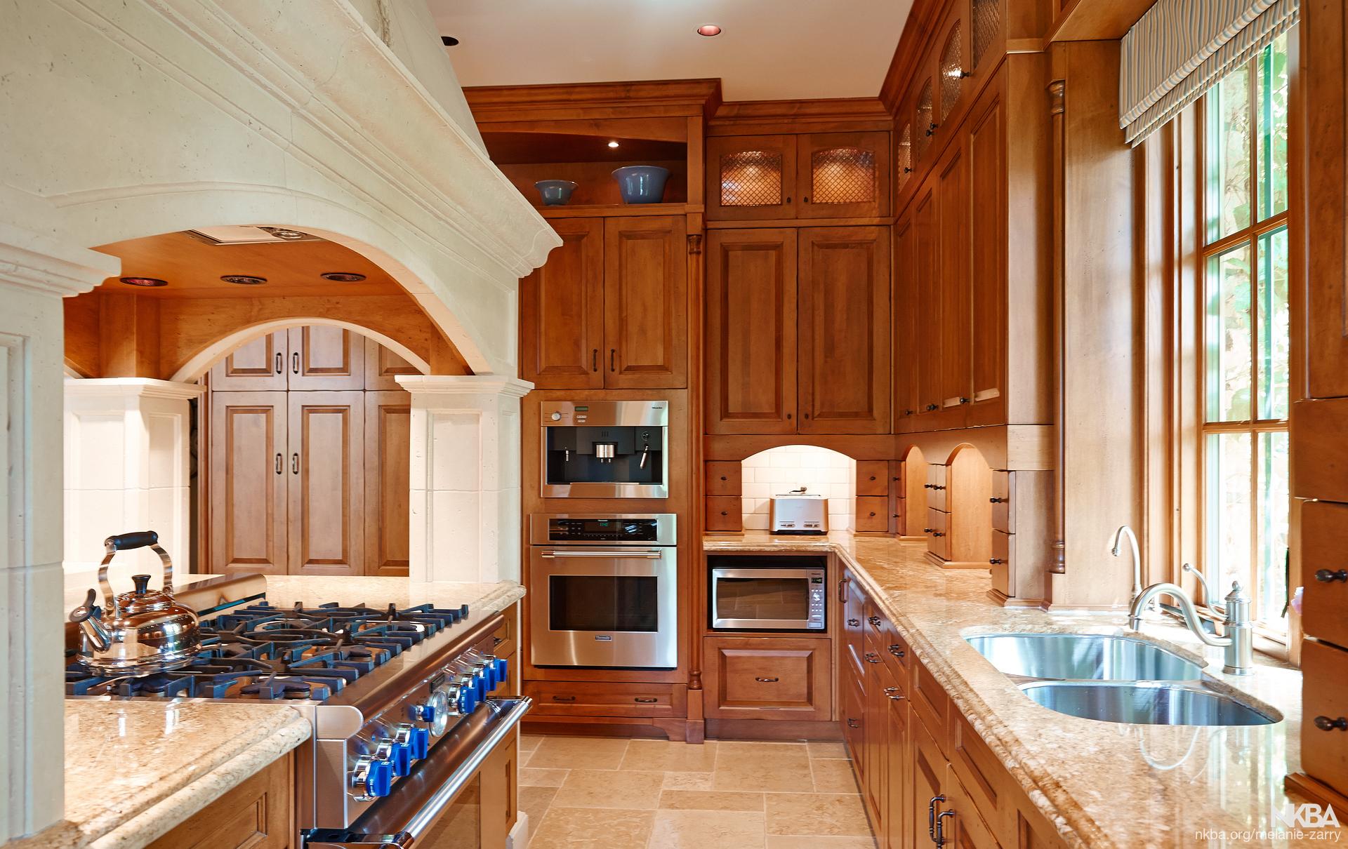 French Country Kitchen  Farmhouse  Kitchen