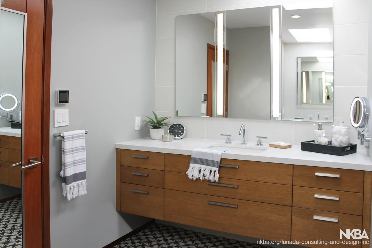 Mid-Century Modern Bath - NKBA