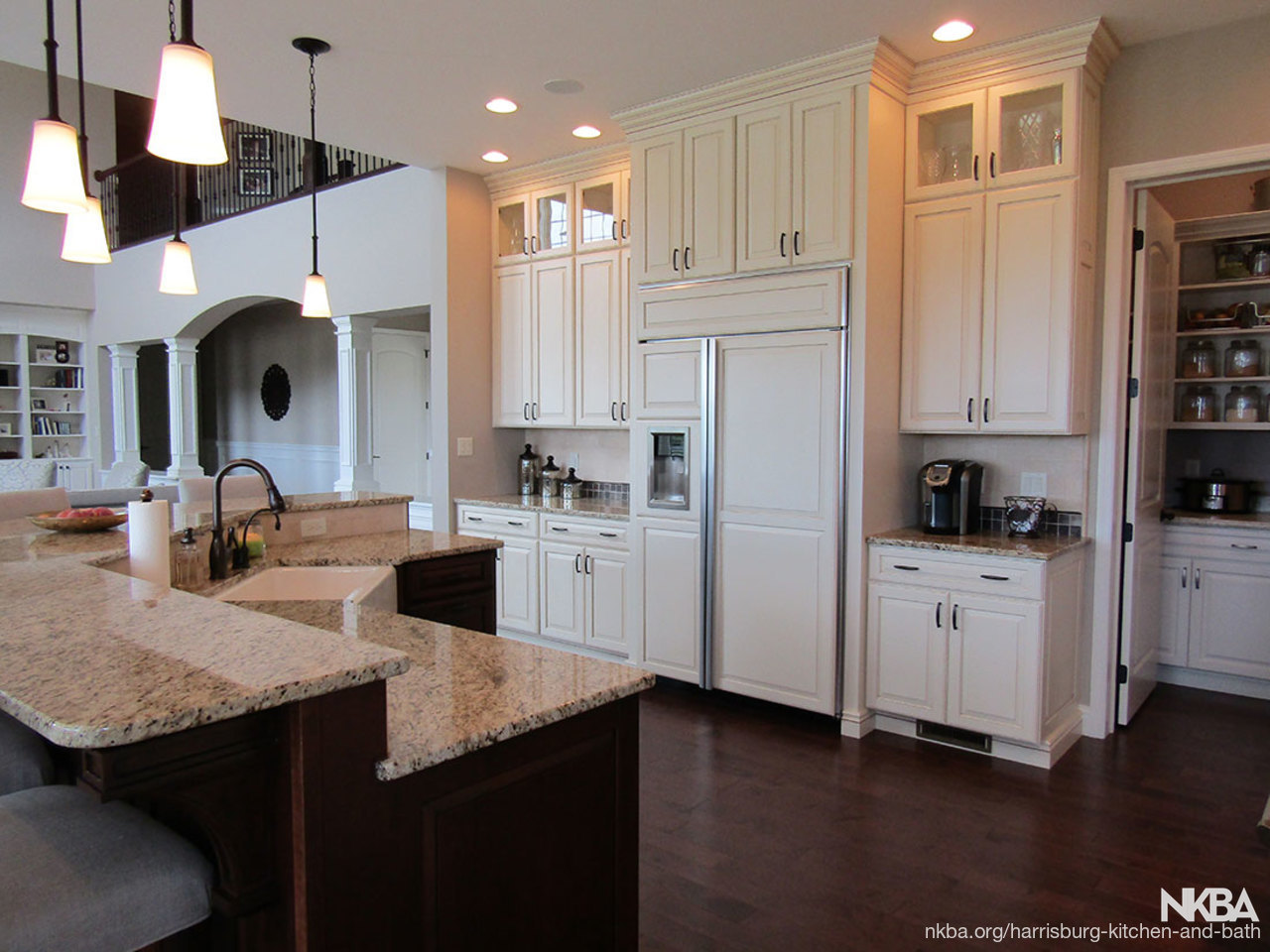 Traditional Kitchen With Pantry (K 83)   NKBA