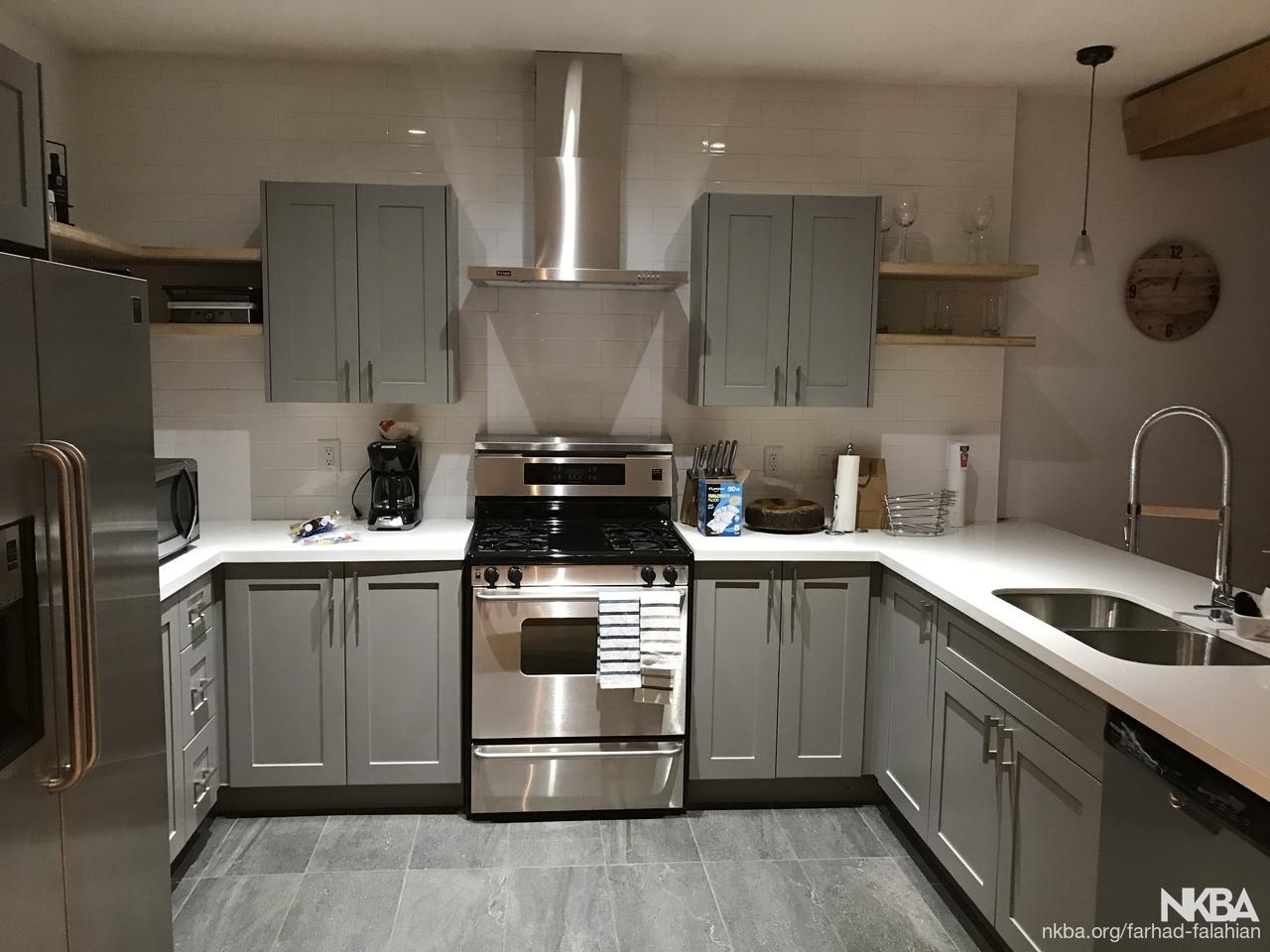 Yaletownvancouver transitional kitchen