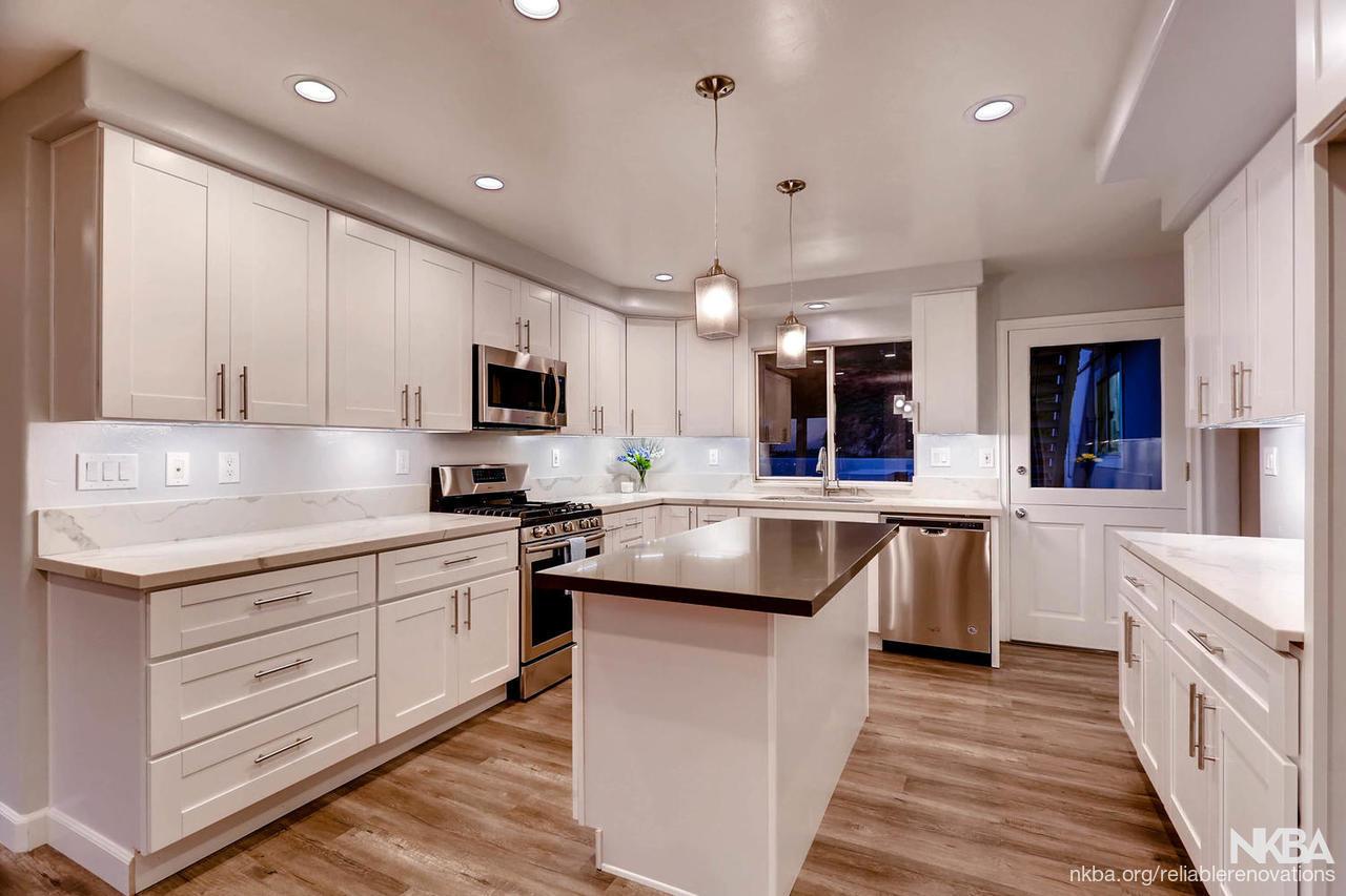 Bright Kitchen W White Shaker Cabinets Nkba