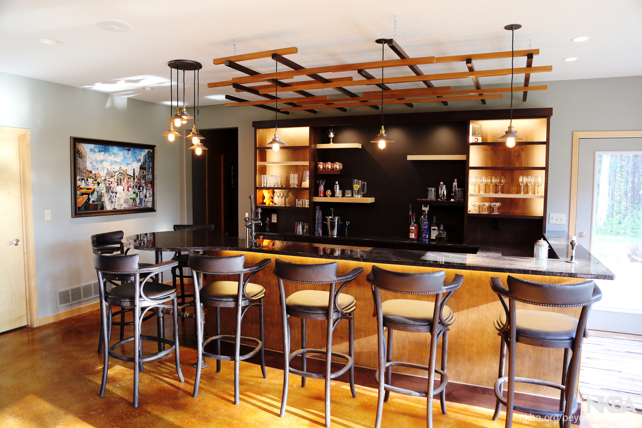 Industrial Basement Bar. By Beyond Kitchens