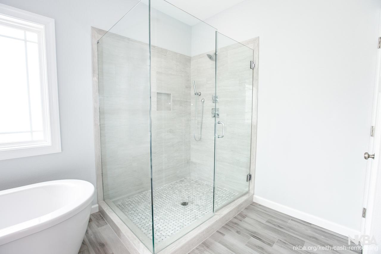 Superbe Master Bath Shower   Beach   Bath